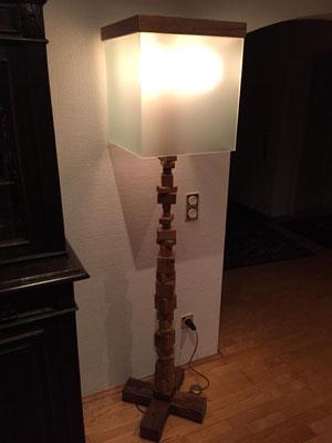 Stehlampe aus eigener Fertigung