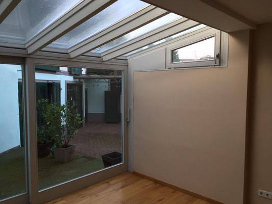Hebeschiebetür und Glasdach aus eigener Fertigung