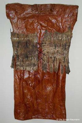 Kirschbaumkleid - Chinesisches Büttenpapier, Baumrinde, Schnüre, 177 cm x 107 cm x 21 cm