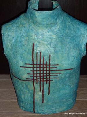 o.T. - Gips, Wachs, Pigmente, Schnüre, Acryl, ca. 47 cm x 41 cm x 24 cm