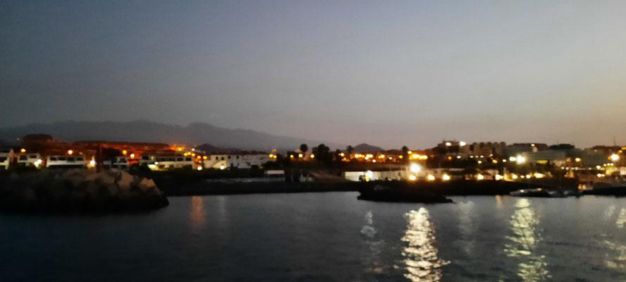 Abfahrt im Morgengrauen in Teneriffa