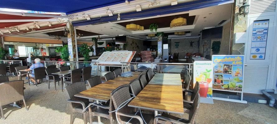 Überall leere oder geschlossene Restaurants und Cafes