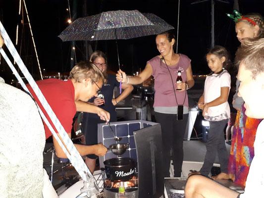 Improviesierte Feuerzangenbowle bei uns