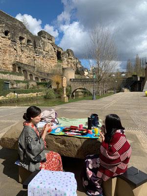 写真に写っている要塞は、見学することもできるようになっています。 You can visit the fortifications and also see beautiful views from there.