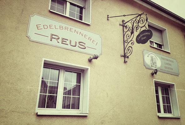 Edelbrennerei Reus // Albstadt // Bayern // Grenzgebiet Hessen // Rhein-Main // Deutschland // Online Shop