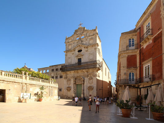 Chiessa di Santa Lucia alla Badia, am südlichen Ende des Domplatzes.