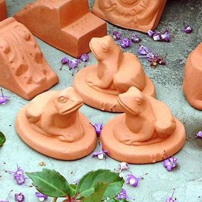 Terracotta  Füße für Pflanztöpfe bei www.the-golden-rabbit.de
