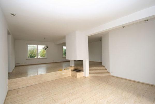 Scheßlitz Einfamilienhaus zu mieten in ruhiger Lage Wohnzimmer Kamin