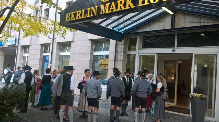 Ankunft am Berliner Mark Hotel