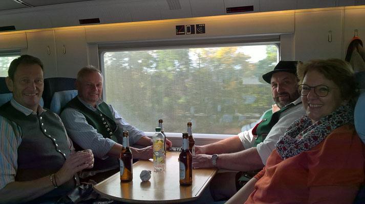 "Zitat: ""De ham koa Bier do im Zug, nur Bitburger"""