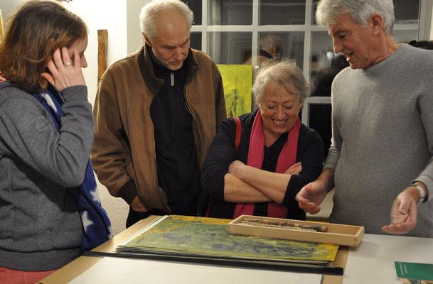 Günter Stiegelmaier mit Besuchern