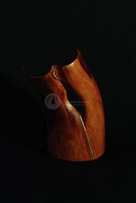 Randblühen, Zwetschgenholz geölt mit Blattgold, 32 cm