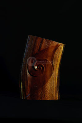 Blattspirale, Zwetschgenholz geölt und gewachst, 30 cm