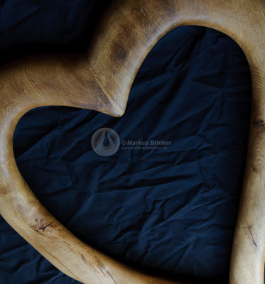 """Holzskulptur """"Herz"""" als Auftragsarbeit, Eichenholz ca. 100 x 80 cm"""