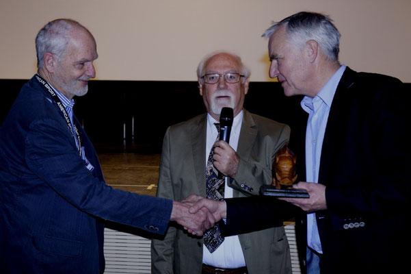 v.r. Erster Bürgermeister von Ebersberg Walter Brilmayer, LVB Präsident Reiner Urban, Lanshut, OFC Clubleiter Rolf Rachor, Ottobrunn