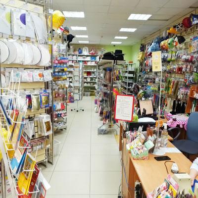 Торговый зал в магазине Волшебник на Восстания