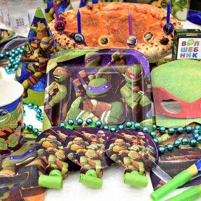Сервировка праздничного стола на день рождения в стиле Черепашки Ниндзя - купить в Казани
