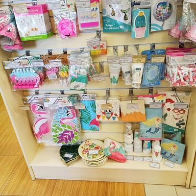 Товары для праздника на тему Фламинго в магазине Волшебник на Восстания