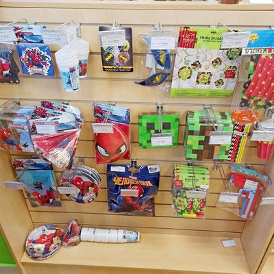 Товары для праздника в магазине Волшебник на Ямашева - коллекции Человек Паук и Пиксели (Майнкрафт)