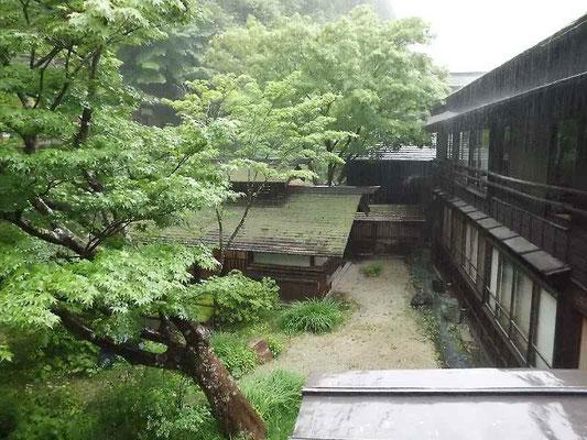 法師温泉 昭和15年に建った建物とてもいい湯