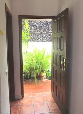 Studio Policarpo Eingangstür