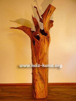 Holz Kunst Stele Apfelbaum