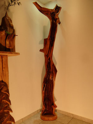 Holzkunst und Holzskulpturen