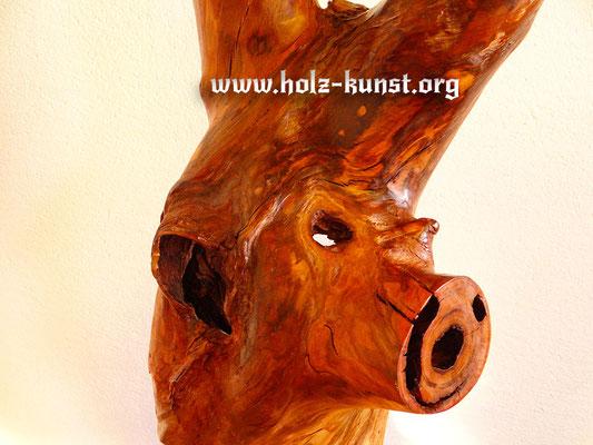 Holz Kunst Stele Pflaumenbaum