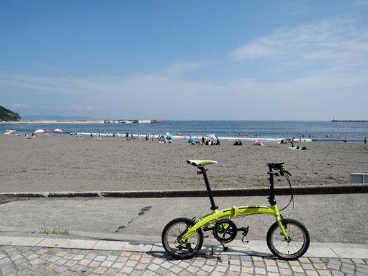 太平洋岸自転車道 - 湘南海岸 - 砂浜の道 - 片瀬江ノ島海岸