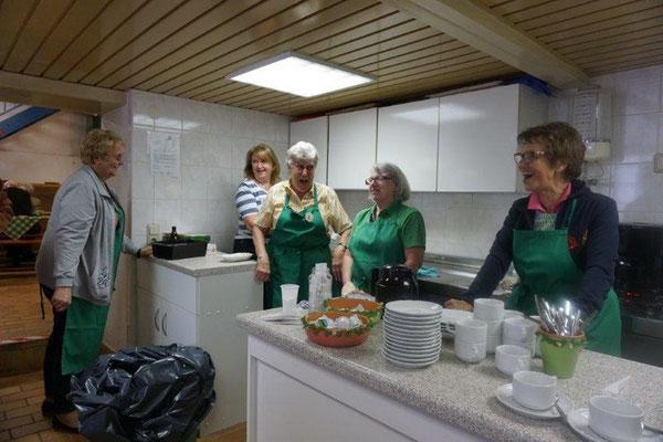 Auch das Küchenteam war gut drauf.