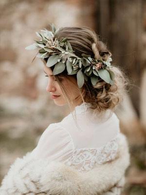 couronne de fleurs eucalyptus fleurs séchées livraison dans toute la france