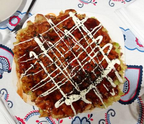 Okonomiyaki cocinado por Alex