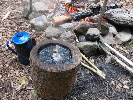 Steinzeitmethode Topfherstellung und Wasserentkeimung