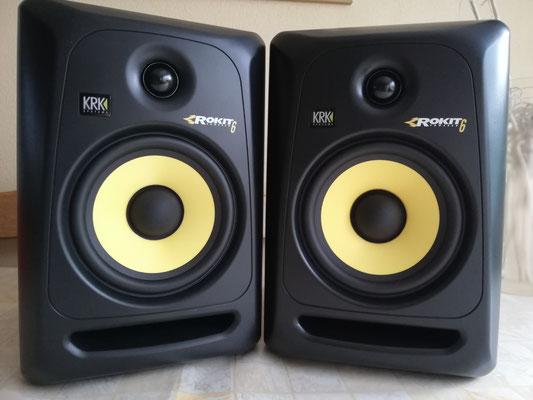 Onze nieuwe, super klinkende, studiomonitoren waardoor ook het afmixen van onze opnamens een genot is om naar te luisteren