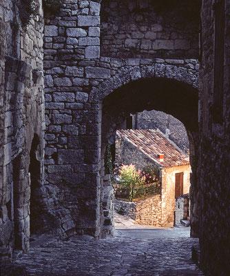 Lacoste (Vaucluse) - Angeknipst