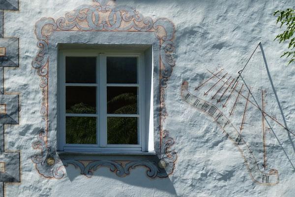Regina Reininghaus - Fenster-Sonnenuhr