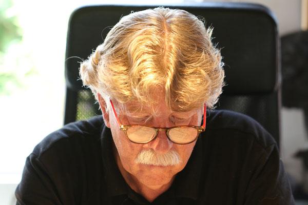 Hermann Wirtz - niederländischer Künstler am Werk