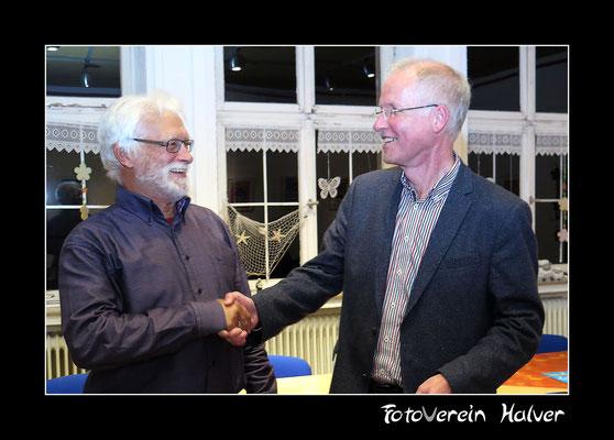 Herr Rainer Herberg bedankt sich bei Herrn Halverscheid für die Jury-Arbeit