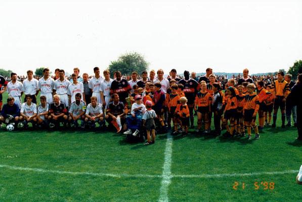 1998 - Benefizspiel - der FC Bayern ist zu Gast