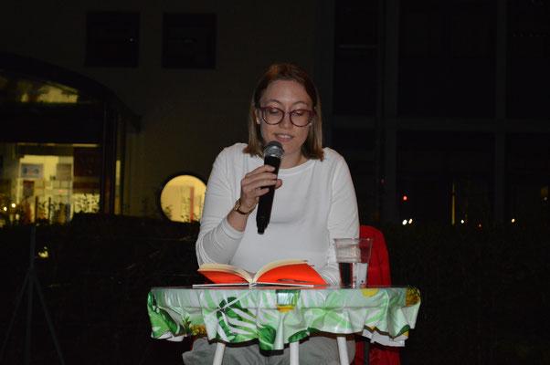 Im LiteraturCLUB Ost West Club Meran. Foto: Sonja Steger