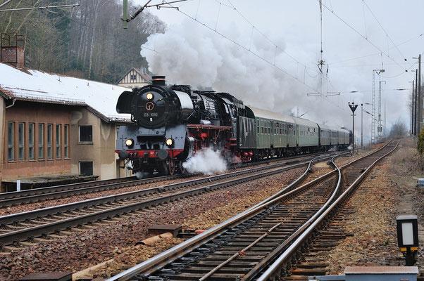 Sonderfahrt mit 03 1010 und 35 1097 Dresden-Decin, hier bei Bad Schandau (Ost). 05.04.13