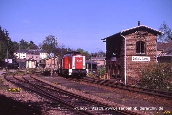 202 454 Bautzen-Bad Schandau hat Ausfahrt in Sebnitz. 05.05.1999 Foto: Ingo Fritzsch