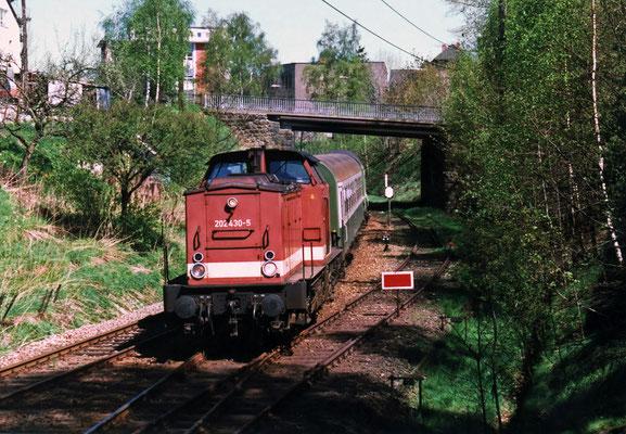 Einfahrt Sebnitz aus Richtung Neustadt, Aug.1998. Text & Foto: Archiv Axel Förster, digitale Aufbereitung: J. Vogel