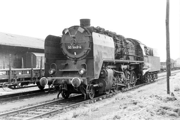 50 1849 (noch als DR Maschine / bis 1980) in Neustadt / Sachsen.