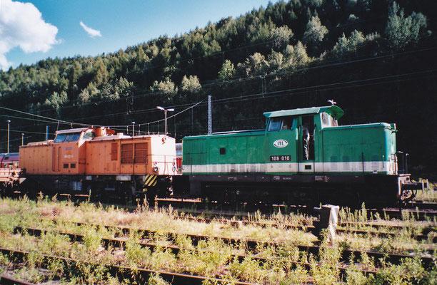 106 010 der ITL & 293 022 der MTEG. Sommer 2004, Foto: Archiv Robert Schleusener