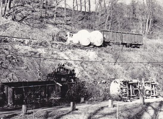 Blick auf die Unfallstelle bei Amtshainersdorf am 15.02.1988. Foto: Archiv Sven Kasperzek