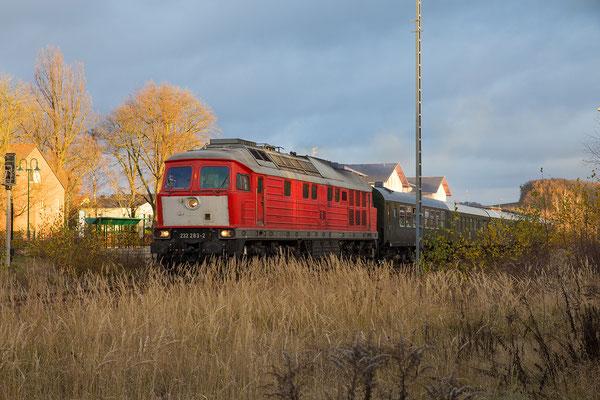 In Neustadt gab es einen kurzen Aufenthalt und Fahrtrichtungswechsel Richtung Pirna, Foto Jürgen Vogel. 27.11.16