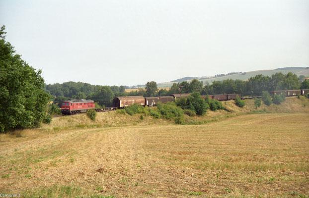 232 611 Ausfahrt mit Gz aus Dürrröhrsdorf nach Arnsdorf. 05.08.03  Foto: Archiv Kay Baldauf. Großer Dank für die Zusendung der tollen Aufnahmen!