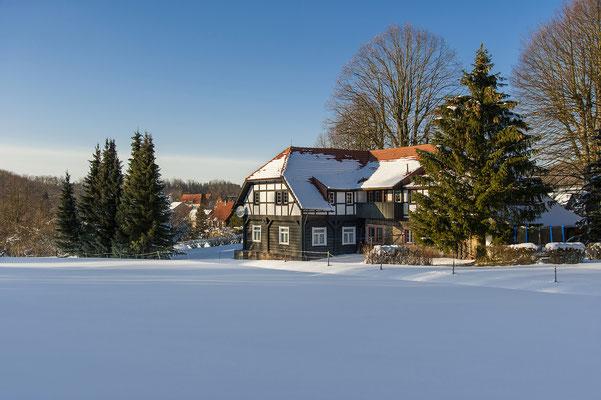 Winter im beschaulichen Waitzdorf. ISO 200, 35mm, f/6.3, 1/800sek.