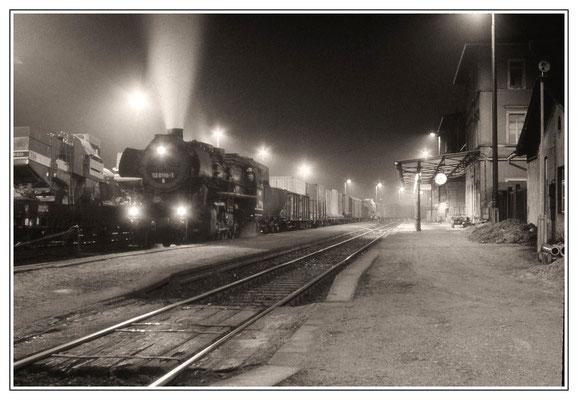 52 8195-1 im Bf Wilthen am 27. Jan 1988. Foto: Archiv Uwe Schmidt